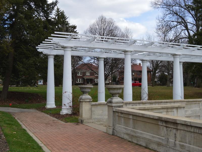 Lakeside Park on Forest Park Boulevard
